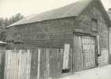 1023 W Garfield Ave, garage