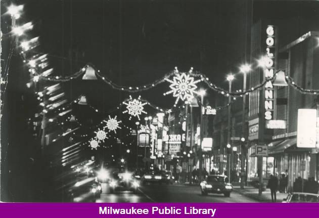 Christmas Lights Milwaukee.Christmas Lights On Mitchell St Milwaukee Public Library